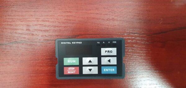 Скалярный преобразователь частоты YB1000-00R4G2-Y 0,37кВт, 220В, 1ф.